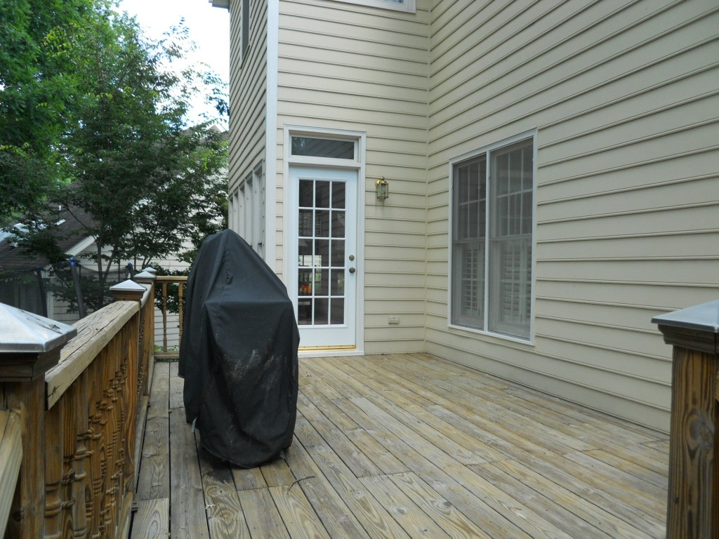 108 Parkcrest rear deck