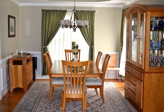 100 Delafield Cary Home dining
