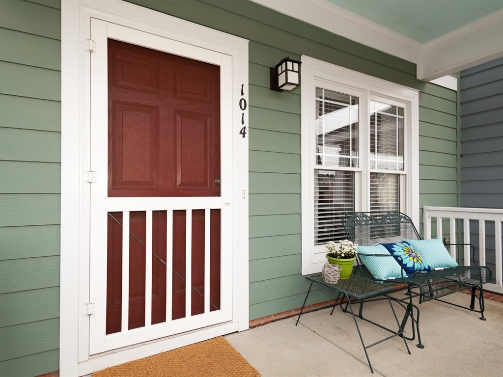 003_Front Door