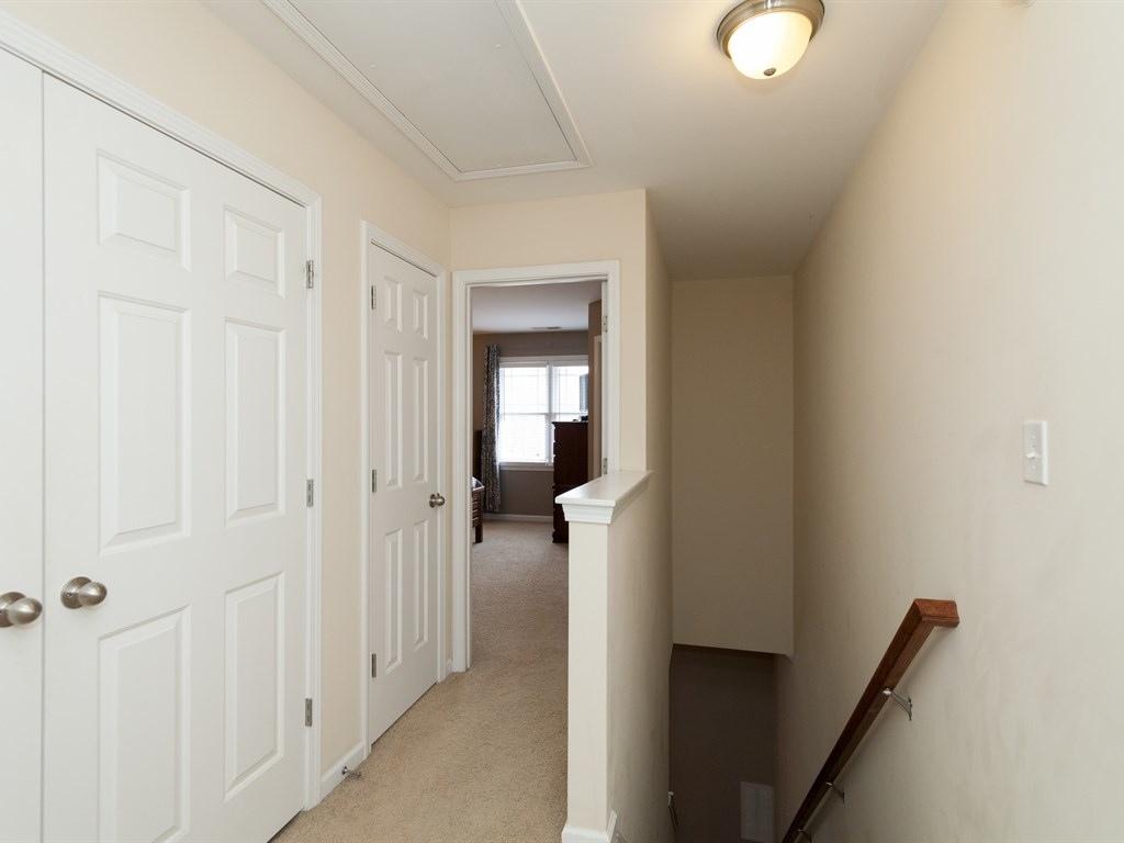 020_Hallway