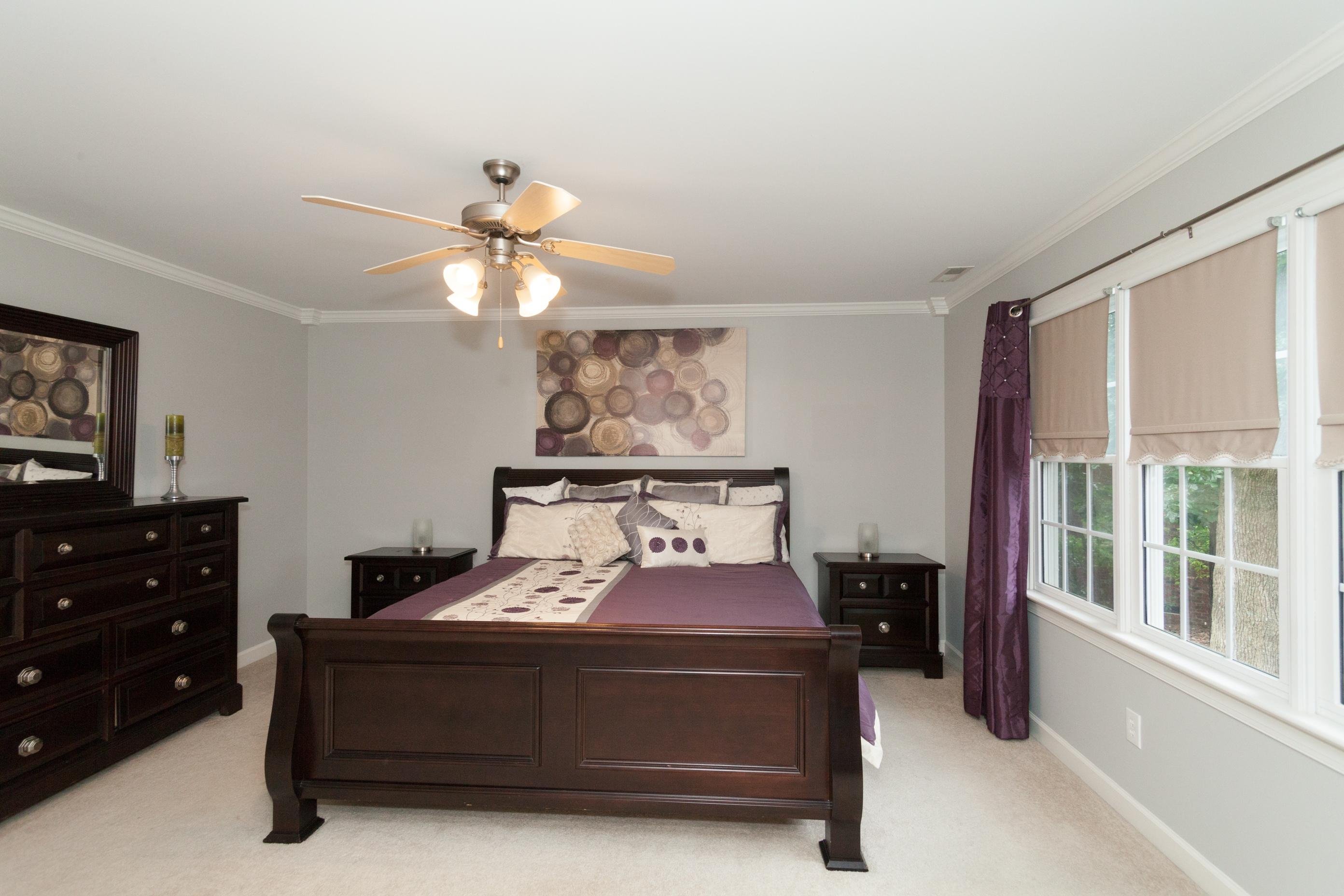 015_Master Bedroom (2)