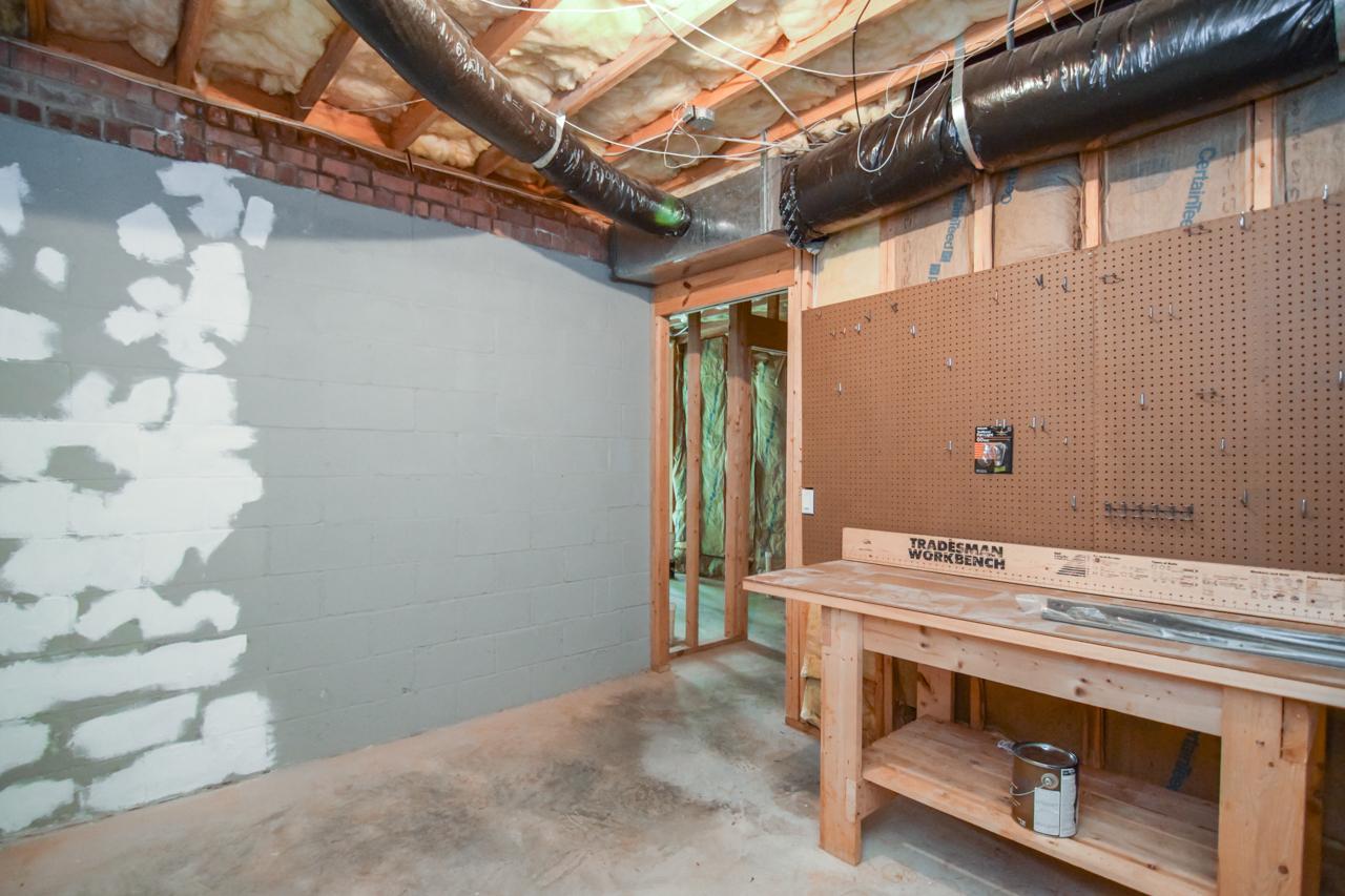 44-walkout-basement