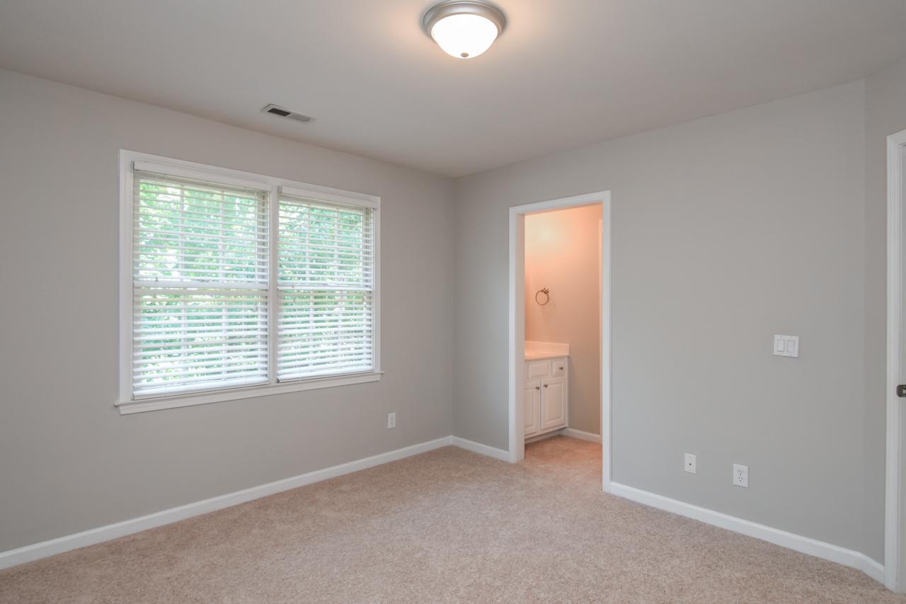 47-guest-bedroom-1