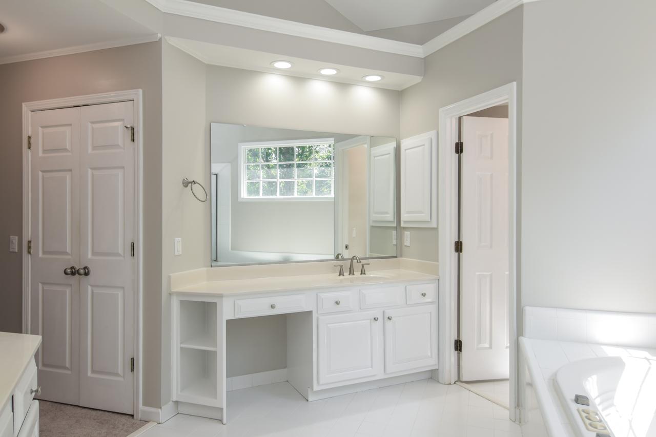 60-master-bath